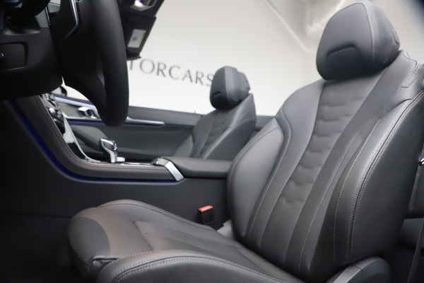 Used 2019 BMW 8 Series M850i xDrive for sale Sold at Rolls-Royce Motor Cars Greenwich in Greenwich CT 06830 25
