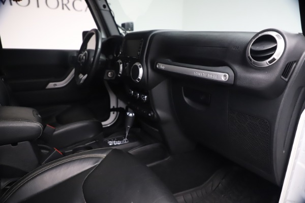 Used 2015 Jeep Wrangler Unlimited Rubicon Hard Rock for sale $39,900 at Rolls-Royce Motor Cars Greenwich in Greenwich CT 06830 27