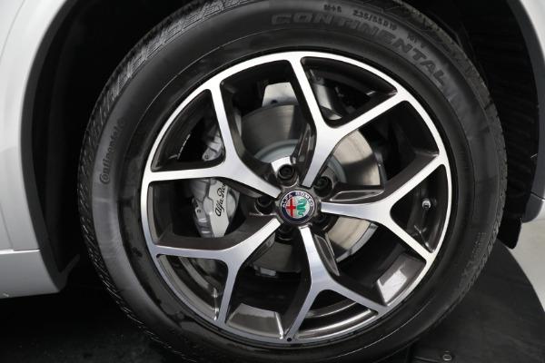 New 2021 Alfa Romeo Stelvio Ti Q4 for sale $50,505 at Rolls-Royce Motor Cars Greenwich in Greenwich CT 06830 19