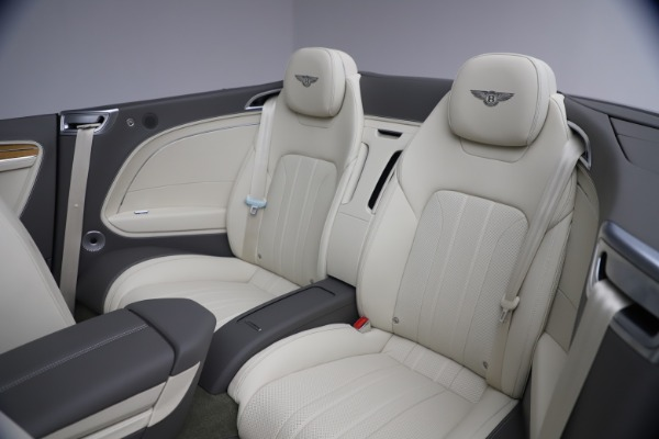New 2020 Bentley Continental GT V8 for sale $269,605 at Rolls-Royce Motor Cars Greenwich in Greenwich CT 06830 28