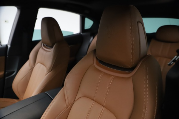 Used 2021 Maserati Levante GranSport for sale $73,900 at Rolls-Royce Motor Cars Greenwich in Greenwich CT 06830 15