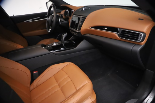 Used 2021 Maserati Levante GranSport for sale $73,900 at Rolls-Royce Motor Cars Greenwich in Greenwich CT 06830 21