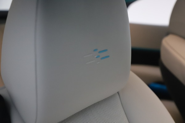Used 2021 Rolls-Royce Wraith for sale $444,275 at Rolls-Royce Motor Cars Greenwich in Greenwich CT 06830 27