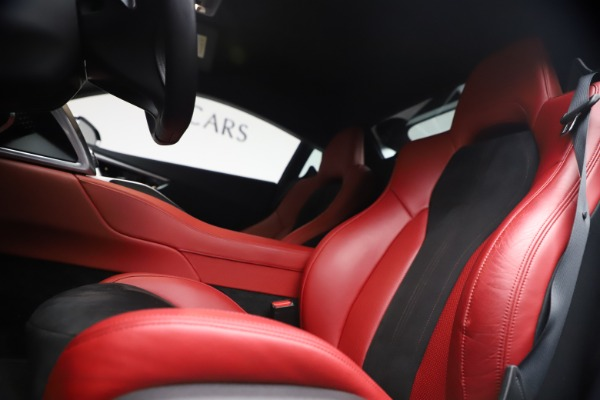 Used 2017 Acura NSX SH-AWD Sport Hybrid for sale $139,900 at Rolls-Royce Motor Cars Greenwich in Greenwich CT 06830 13
