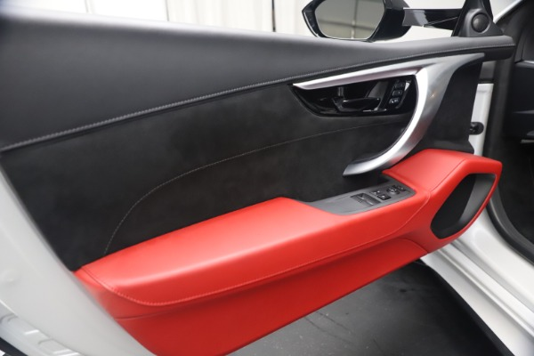 Used 2017 Acura NSX SH-AWD Sport Hybrid for sale $139,900 at Rolls-Royce Motor Cars Greenwich in Greenwich CT 06830 16