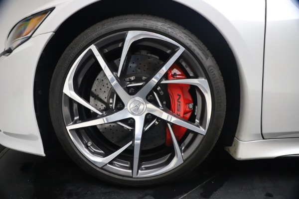 Used 2017 Acura NSX SH-AWD Sport Hybrid for sale $139,900 at Rolls-Royce Motor Cars Greenwich in Greenwich CT 06830 23