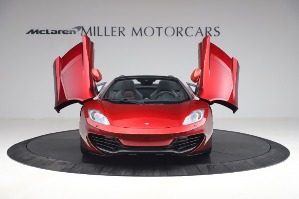 Used 2013 McLaren MP4-12C Spider for sale $134,900 at Rolls-Royce Motor Cars Greenwich in Greenwich CT 06830 13