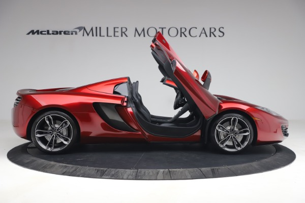 Used 2013 McLaren MP4-12C Spider for sale $134,900 at Rolls-Royce Motor Cars Greenwich in Greenwich CT 06830 19