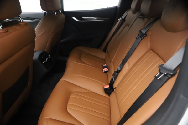New 2021 Maserati Ghibli SQ4 for sale $85,804 at Rolls-Royce Motor Cars Greenwich in Greenwich CT 06830 20