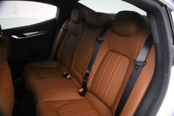 New 2021 Maserati Ghibli SQ4 for sale $85,804 at Rolls-Royce Motor Cars Greenwich in Greenwich CT 06830 21