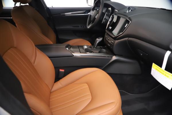 New 2021 Maserati Ghibli SQ4 for sale $85,804 at Rolls-Royce Motor Cars Greenwich in Greenwich CT 06830 24