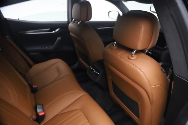 New 2021 Maserati Ghibli SQ4 for sale $85,804 at Rolls-Royce Motor Cars Greenwich in Greenwich CT 06830 26