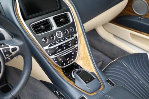 Used 2019 Aston Martin DB11 Volante for sale $209,900 at Rolls-Royce Motor Cars Greenwich in Greenwich CT 06830 18