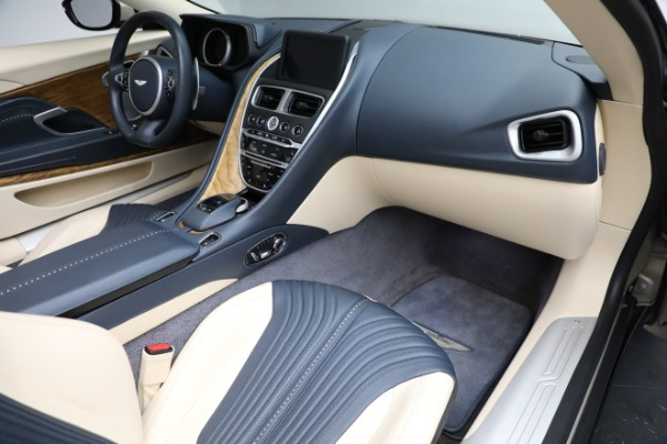 Used 2019 Aston Martin DB11 Volante for sale $209,900 at Rolls-Royce Motor Cars Greenwich in Greenwich CT 06830 20