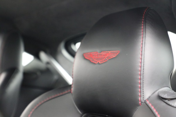 Used 2015 Aston Martin V12 Vantage S for sale $119,900 at Rolls-Royce Motor Cars Greenwich in Greenwich CT 06830 19