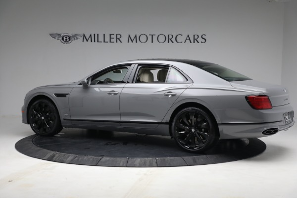 New 2022 Bentley Flying Spur Flying Spur V8 for sale Call for price at Rolls-Royce Motor Cars Greenwich in Greenwich CT 06830 4