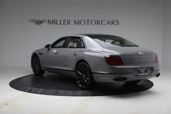 New 2022 Bentley Flying Spur Flying Spur V8 for sale Call for price at Rolls-Royce Motor Cars Greenwich in Greenwich CT 06830 5