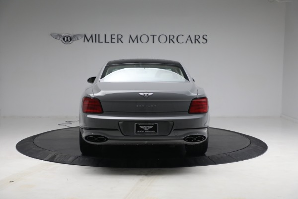 New 2022 Bentley Flying Spur Flying Spur V8 for sale Call for price at Rolls-Royce Motor Cars Greenwich in Greenwich CT 06830 6