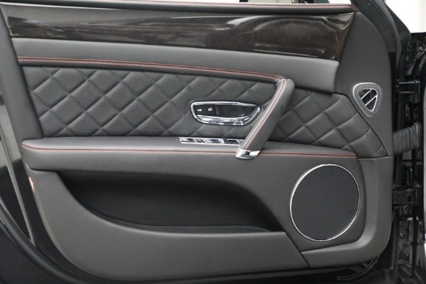 Used 2017 Bentley Flying Spur V8 for sale $136,900 at Rolls-Royce Motor Cars Greenwich in Greenwich CT 06830 16