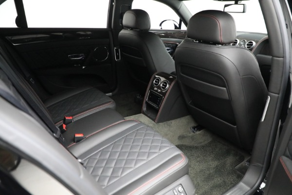 Used 2017 Bentley Flying Spur V8 for sale $136,900 at Rolls-Royce Motor Cars Greenwich in Greenwich CT 06830 28