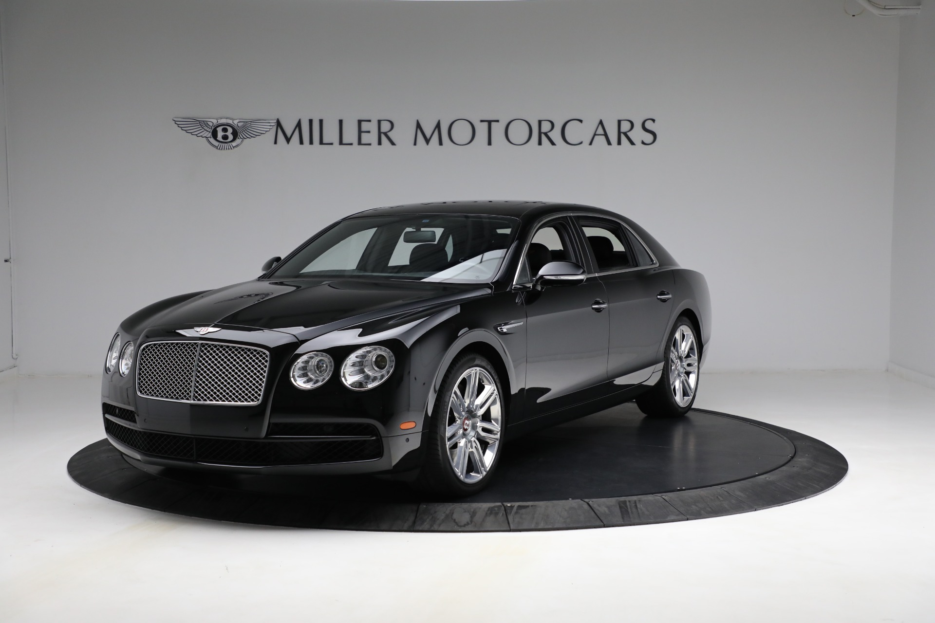Used 2017 Bentley Flying Spur V8 for sale $136,900 at Rolls-Royce Motor Cars Greenwich in Greenwich CT 06830 1