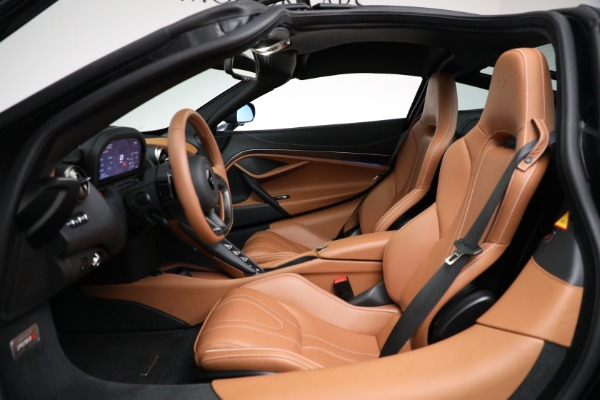 Used 2019 McLaren 720S Luxury for sale Call for price at Rolls-Royce Motor Cars Greenwich in Greenwich CT 06830 17