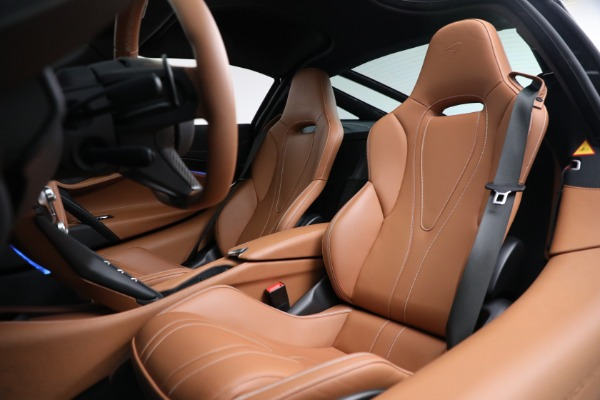 Used 2019 McLaren 720S Luxury for sale Call for price at Rolls-Royce Motor Cars Greenwich in Greenwich CT 06830 18