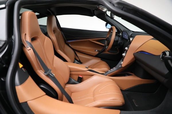 Used 2019 McLaren 720S Luxury for sale Call for price at Rolls-Royce Motor Cars Greenwich in Greenwich CT 06830 20