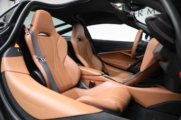 Used 2019 McLaren 720S Luxury for sale Call for price at Rolls-Royce Motor Cars Greenwich in Greenwich CT 06830 21