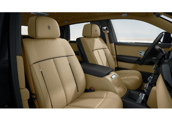 New 2022 Rolls-Royce Phantom EWB for sale Call for price at Rolls-Royce Motor Cars Greenwich in Greenwich CT 06830 5