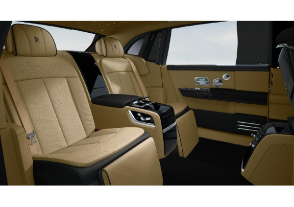New 2022 Rolls-Royce Phantom EWB for sale Call for price at Rolls-Royce Motor Cars Greenwich in Greenwich CT 06830 6