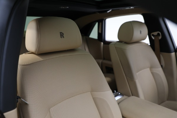Used 2011 Rolls-Royce Ghost for sale Call for price at Rolls-Royce Motor Cars Greenwich in Greenwich CT 06830 15