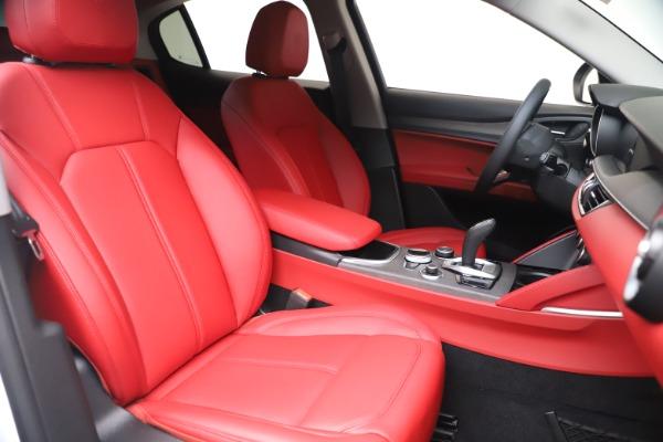 New 2021 Alfa Romeo Stelvio Ti Q4 for sale $53,740 at Rolls-Royce Motor Cars Greenwich in Greenwich CT 06830 21