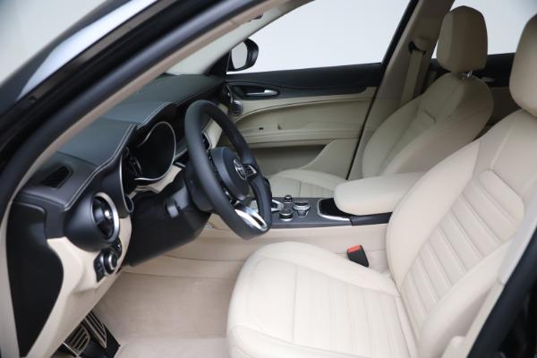 New 2021 Alfa Romeo Stelvio Ti Q4 for sale $54,755 at Rolls-Royce Motor Cars Greenwich in Greenwich CT 06830 16