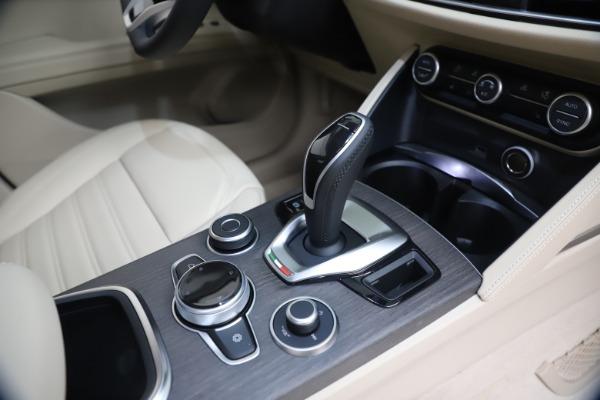New 2021 Alfa Romeo Stelvio Ti Q4 for sale $54,755 at Rolls-Royce Motor Cars Greenwich in Greenwich CT 06830 18