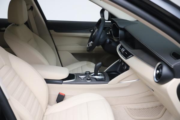 New 2021 Alfa Romeo Stelvio Ti Q4 for sale $54,755 at Rolls-Royce Motor Cars Greenwich in Greenwich CT 06830 20