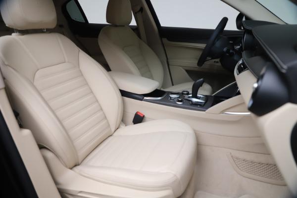 New 2021 Alfa Romeo Stelvio Ti Q4 for sale $54,755 at Rolls-Royce Motor Cars Greenwich in Greenwich CT 06830 21