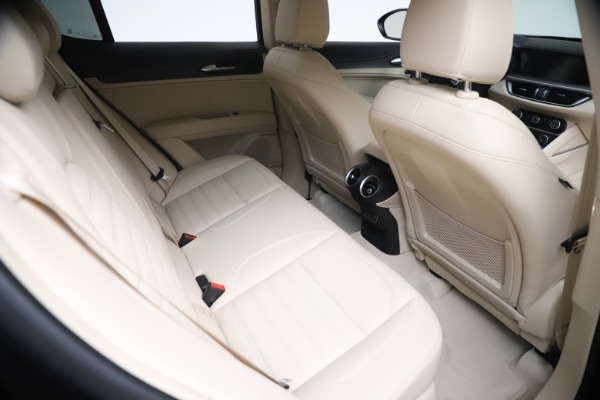 New 2021 Alfa Romeo Stelvio Ti Q4 for sale $54,755 at Rolls-Royce Motor Cars Greenwich in Greenwich CT 06830 22