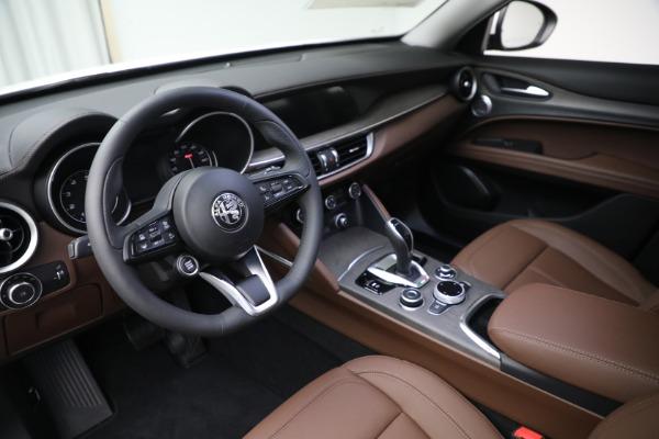 New 2021 Alfa Romeo Stelvio Ti Q4 for sale $54,840 at Rolls-Royce Motor Cars Greenwich in Greenwich CT 06830 13