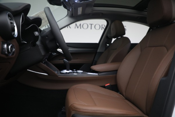 New 2021 Alfa Romeo Stelvio Ti Q4 for sale $54,840 at Rolls-Royce Motor Cars Greenwich in Greenwich CT 06830 14