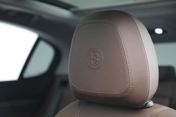 New 2021 Alfa Romeo Stelvio Ti Q4 for sale $54,840 at Rolls-Royce Motor Cars Greenwich in Greenwich CT 06830 16