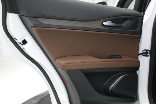 New 2021 Alfa Romeo Stelvio Ti Q4 for sale $54,840 at Rolls-Royce Motor Cars Greenwich in Greenwich CT 06830 26