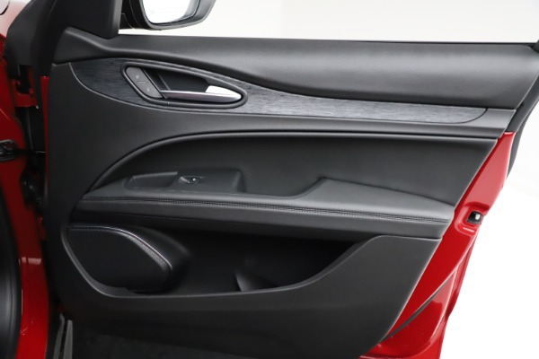 New 2021 Alfa Romeo Stelvio Q4 for sale $50,535 at Rolls-Royce Motor Cars Greenwich in Greenwich CT 06830 25