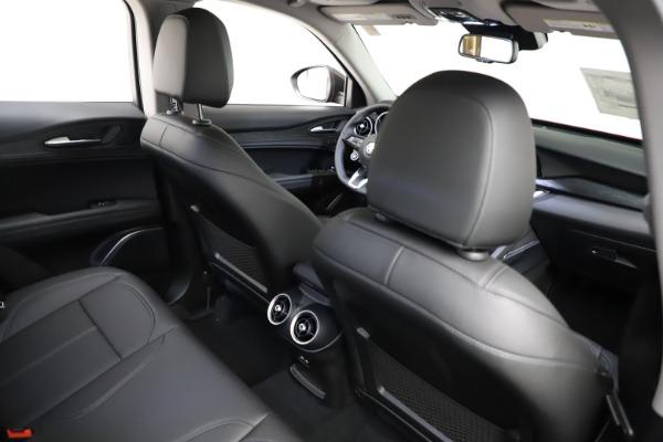 New 2021 Alfa Romeo Stelvio Q4 for sale $50,535 at Rolls-Royce Motor Cars Greenwich in Greenwich CT 06830 26
