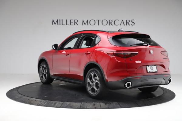 New 2021 Alfa Romeo Stelvio Q4 for sale $50,535 at Rolls-Royce Motor Cars Greenwich in Greenwich CT 06830 6