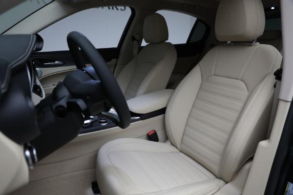 New 2021 Alfa Romeo Stelvio Ti Q4 for sale $55,205 at Rolls-Royce Motor Cars Greenwich in Greenwich CT 06830 15