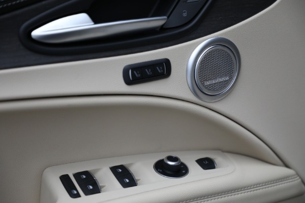 New 2021 Alfa Romeo Stelvio Ti Q4 for sale $55,205 at Rolls-Royce Motor Cars Greenwich in Greenwich CT 06830 18