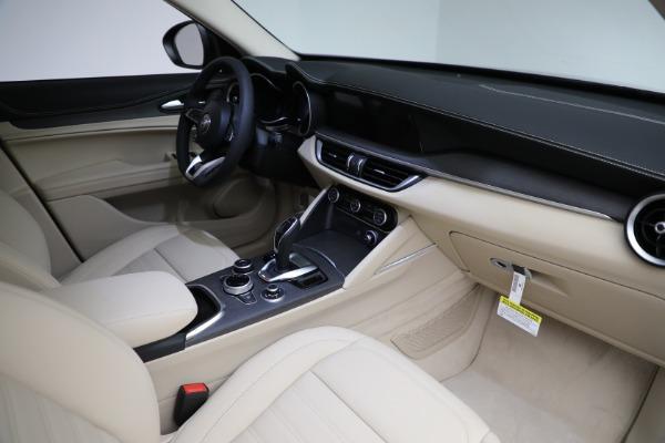 New 2021 Alfa Romeo Stelvio Ti Q4 for sale $55,205 at Rolls-Royce Motor Cars Greenwich in Greenwich CT 06830 27