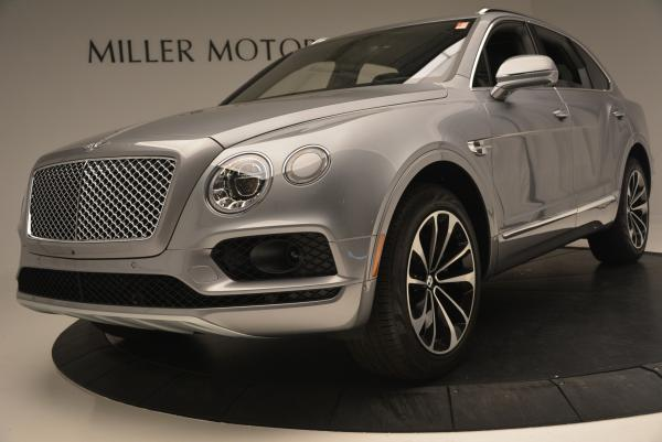 Used 2017 Bentley Bentayga W12 for sale Sold at Rolls-Royce Motor Cars Greenwich in Greenwich CT 06830 17