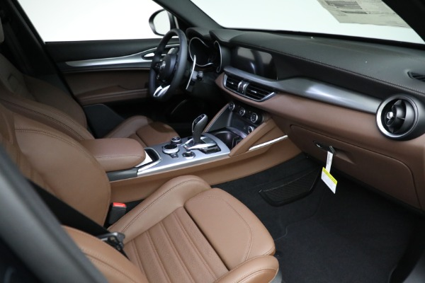 New 2021 Alfa Romeo Stelvio Ti Sport Q4 for sale $58,500 at Rolls-Royce Motor Cars Greenwich in Greenwich CT 06830 19